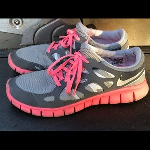 Nike Free Run 2 Women's Gray/Pink Sneakers Size 9